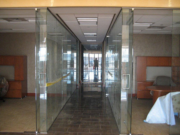 Commercial Glass Walls Installed Near Atlanta, Roswell and Sandy Springs, Georgia