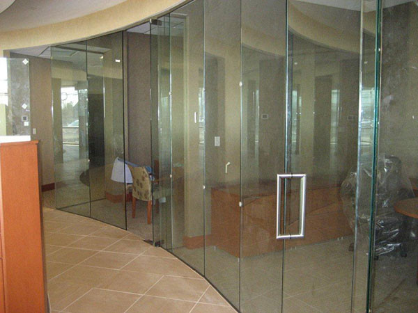 Glass Partitions and Doors For A Business Near Atlanta, Roswell and Sandy Springs, Georgia